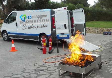 Curso prevención incendios y formación asistencia incendios con simulación